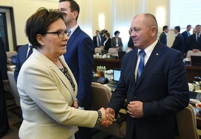 """""""Gazeta Polska Codziennie"""": kwitł nepotyzm i korupcja,więdła produkcja"""
